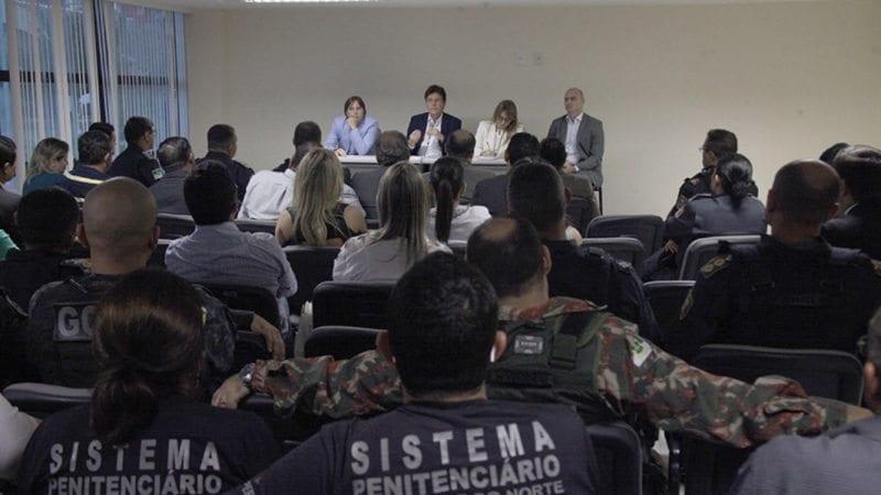 Governador anuncia substituição de comando da Polícia Militar