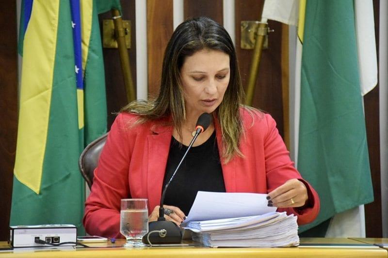 Deputada Cristiane Dantas ressalta homenagem da Assembleia ao Dia da Mulher