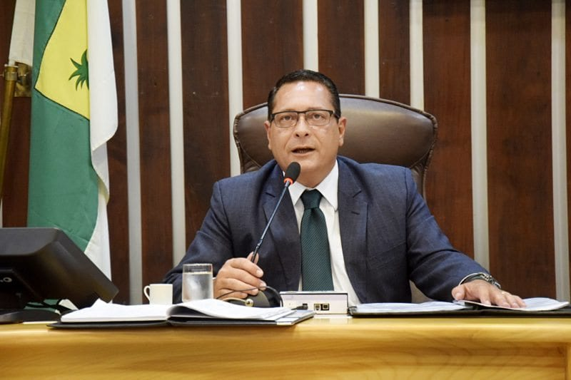 Deputado Ezequiel Ferreira propõe projeto para divulgar cirurgia reparadora de mama