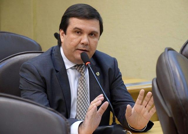 Deputado Galeno ressalta necessidade doação de terreno do DER para a UERN em Mossoró