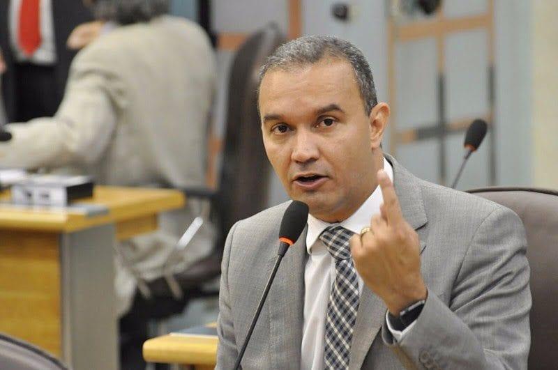Deputado Kelps Lima é contra ampliação da carga horária de PM´s