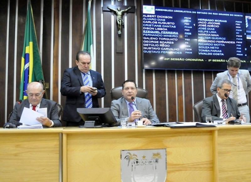 Assembleia aprova à unanimidade projeto que concede transporte gratuito a pessoas com deficiência
