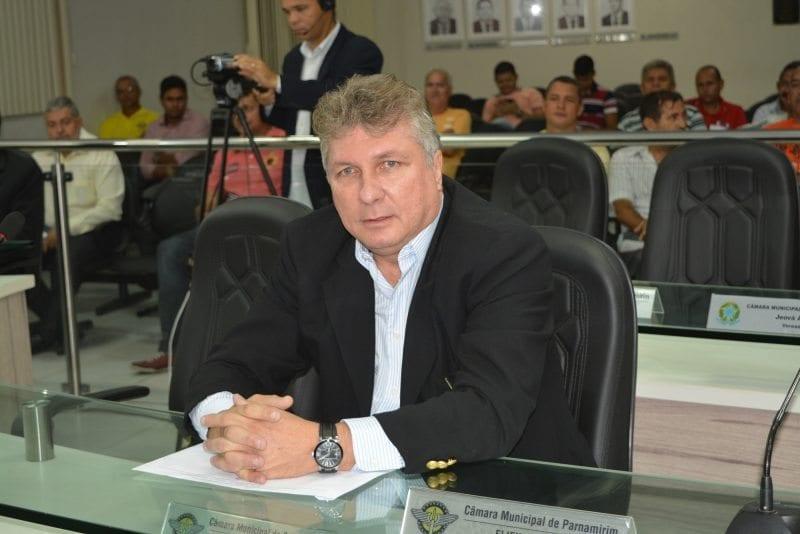 Sérgio Andrade toma posse como vereador na Câmara Municipal de Parnamirim