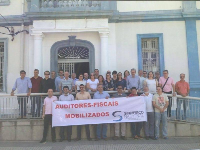 Auditores Fiscais realizam manifestação no Aeroporto Internacional Aluísio Alves