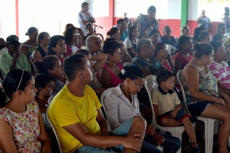 Habitação de São Gonçalo reúne contemplados para assinaturas de contratos do Residencial Dr. Ruy Pereira