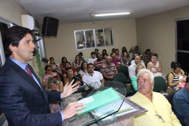 Deputado Felipe Maia recebe título de cidadão caiçarense