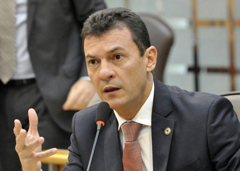 Deputado Dison Lisboa solicita investimentos para escolas do Agreste potiguar