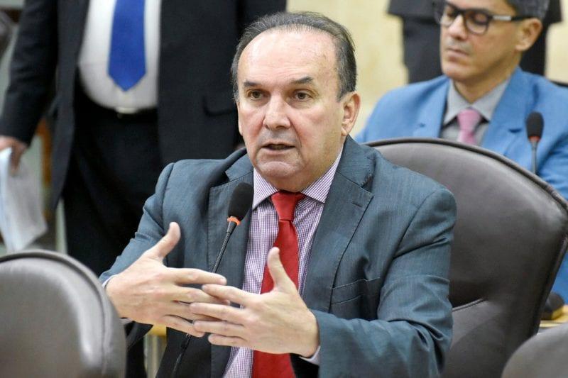 Deputado Nelter Queiroz pleiteia fechamento de comportas da Passagem das Traíras