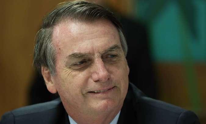 Bolsonaro diz que deu 'carta branca' para Guedes fazer mudanças no Coaf