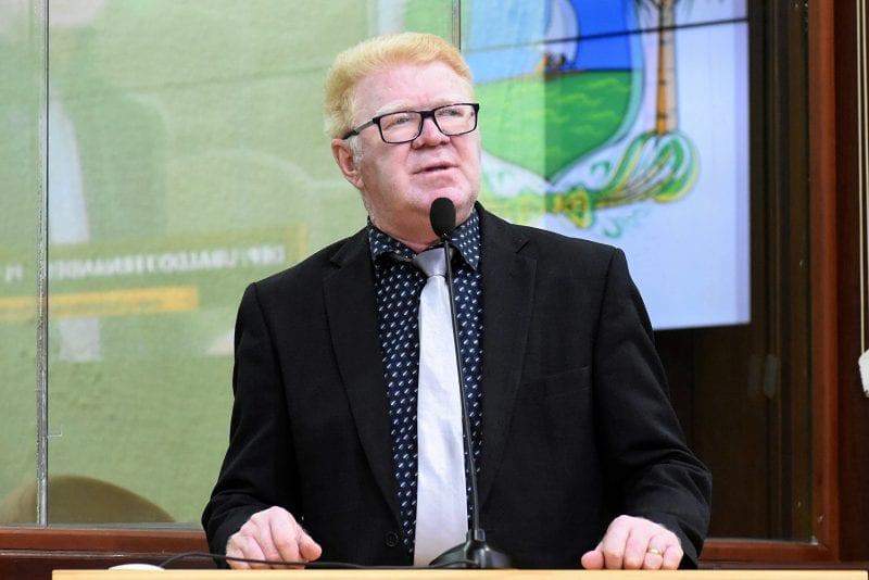 Deputado Ubaldo solicita medidas mais rígidas para conter aglomeração de pessoas em Tangará
