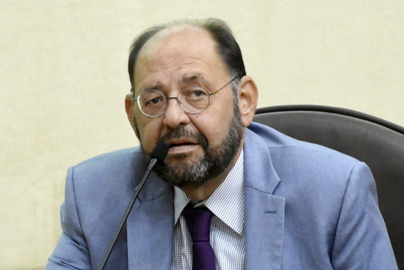 Deputado Gustavo Carvalho apresenta projeto para inclusão do nome do cônjuge na fatura