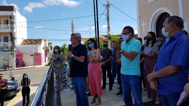Teleférico é recebido com festa pela população de Santa Cruz, que se consolida como destino turístico nacional
