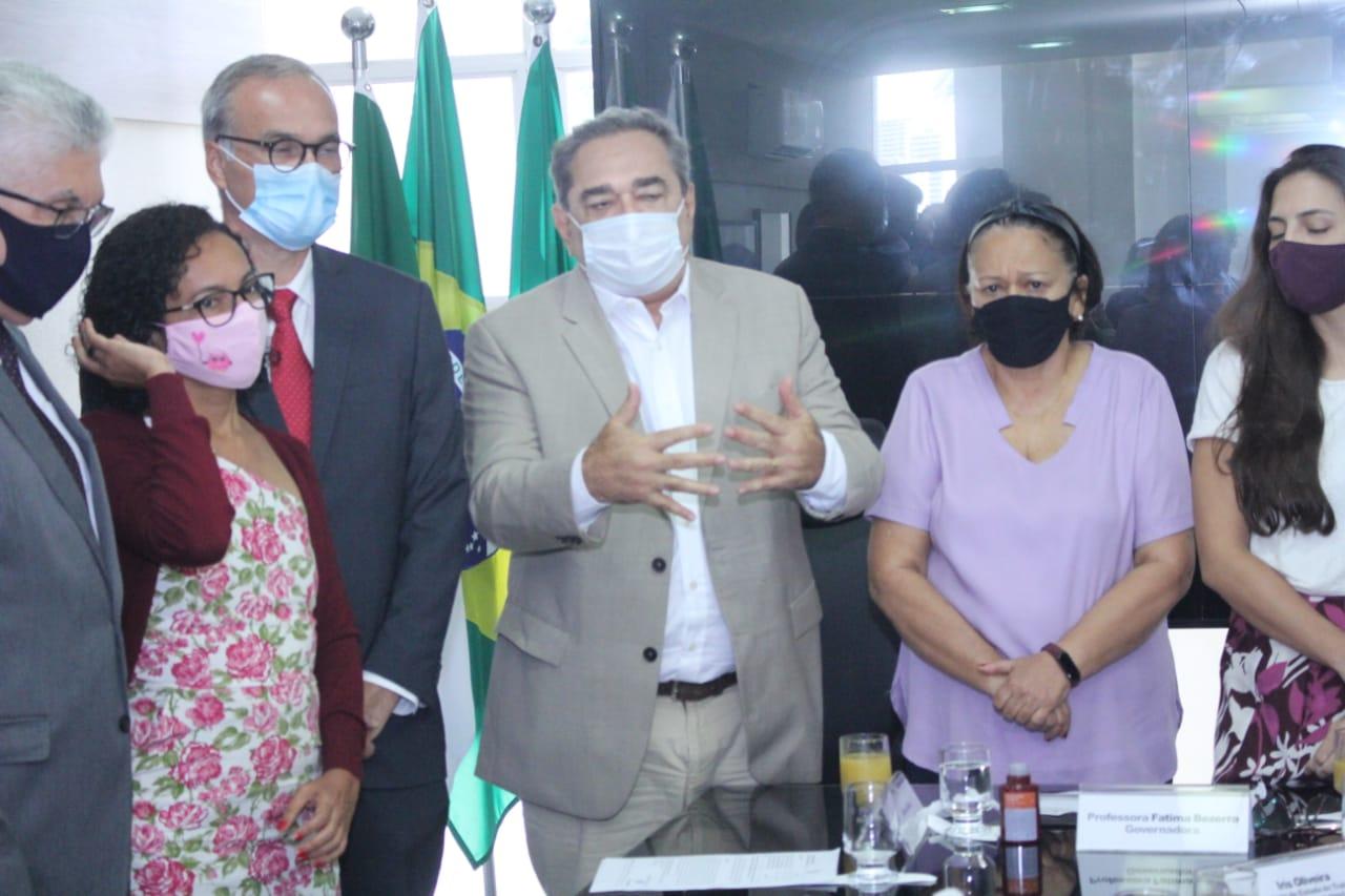 Prefeitura de Natal cederá terreno para abrigar famílias que ocupam prédio na Ribeira