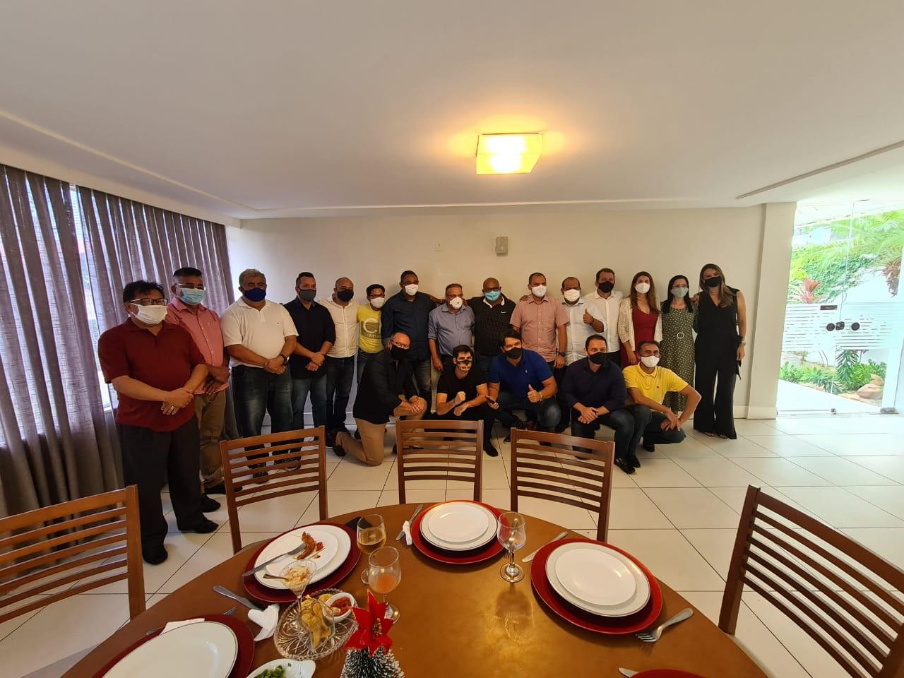Vereadores se reúnem em almoço para apoio a Paulinho Freire na presidência da Câmara de Natal no biênio 2021-2022