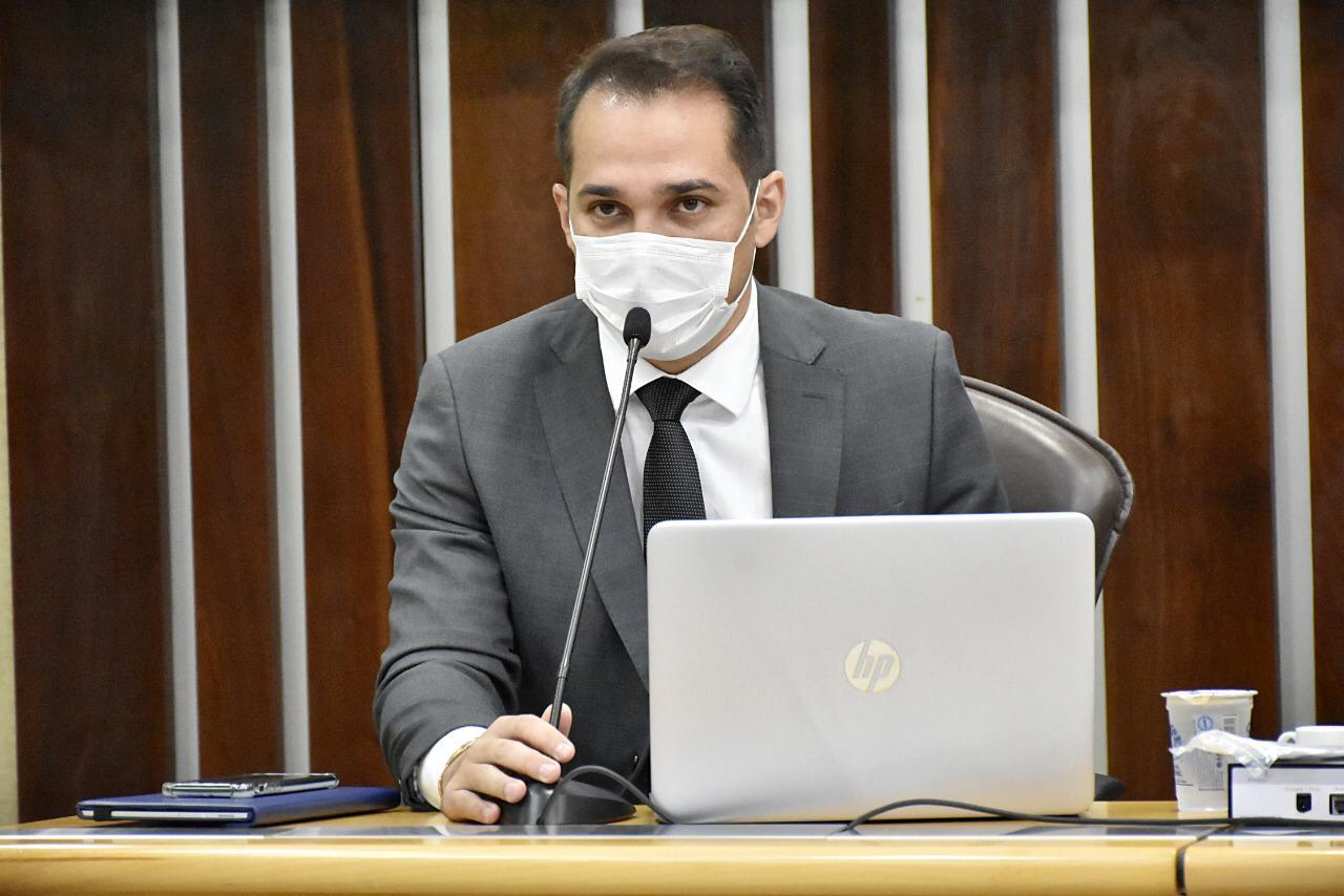 Governo sanciona lei do deputado Kleber Rodrigues que garante aos alunos com deficiência estudar perto de casa