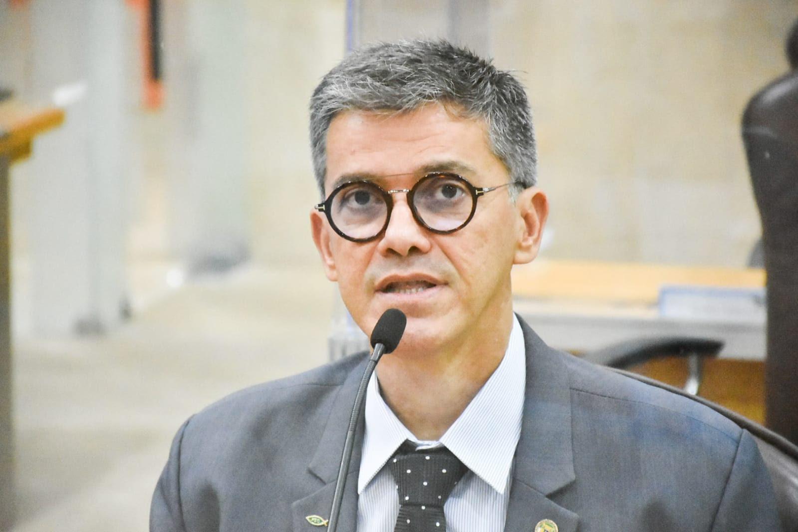 Deputado Coronel Azevedo alerta para trava na reestruturação no quadro de praças da PM/RN