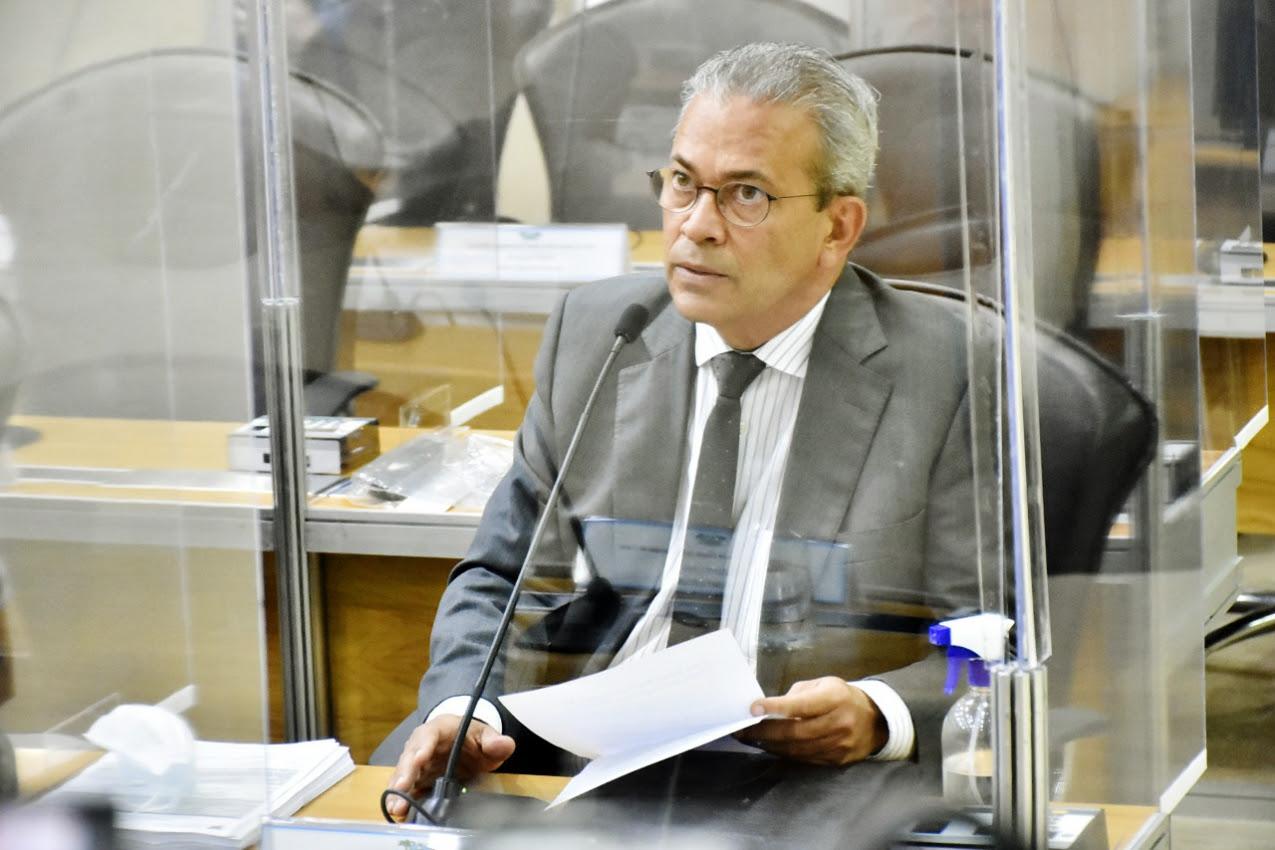 Hermano Morais cobra realização do curso de formação da Polícia Penal