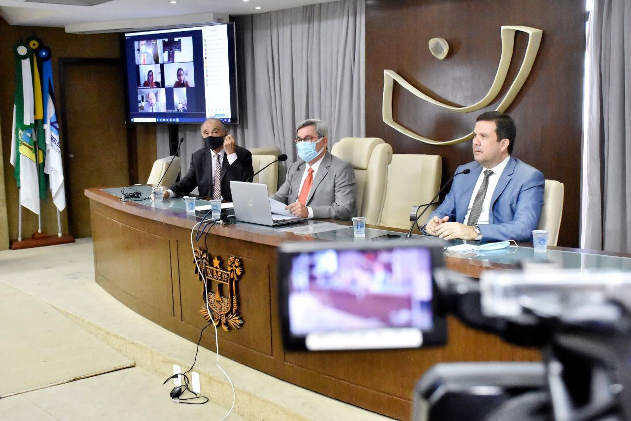 Projeto que trata de cessão de créditos pelo Executivo tem pedido de vista
