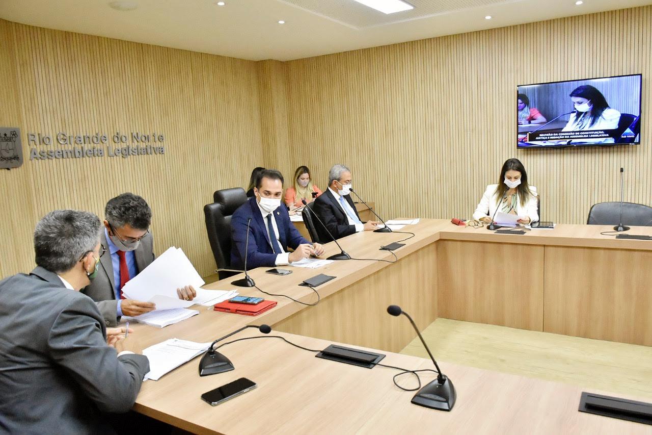 Comissão de Justiça aprova projeto de regime especial para cobranças da Caern