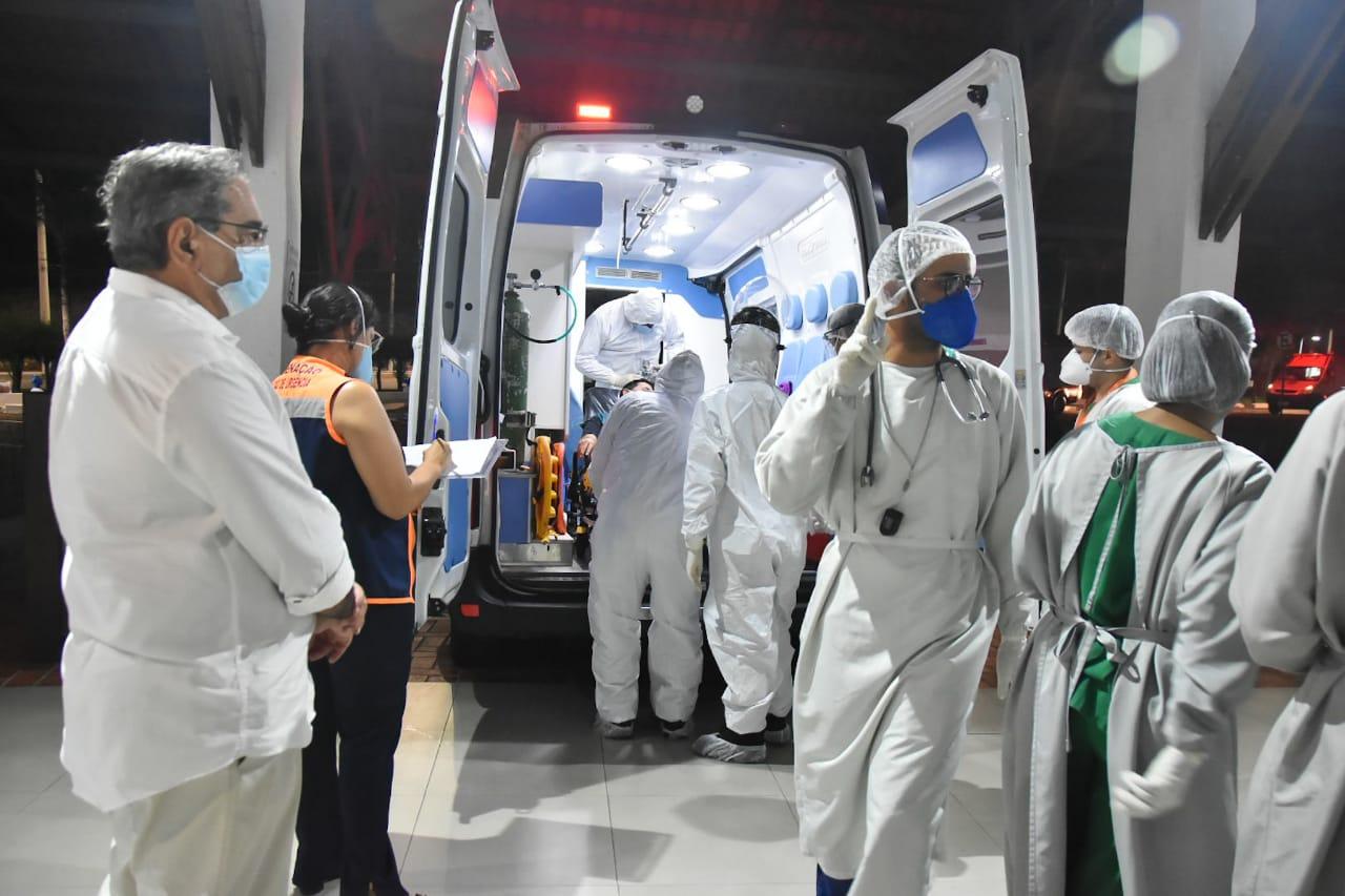 Hospital de Campanha de Natal recebe 16 pacientes do Amazonas