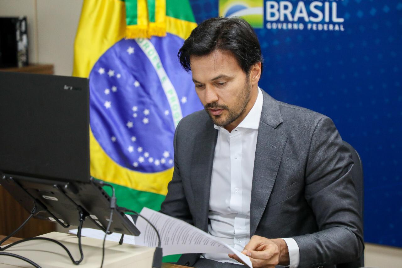 Ministro das Comunicações Fábio Faria cumpre agenda em Caicó e entrega sinal de alta velocidade para região do Seridó nesta segunda