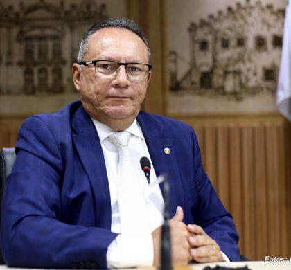 Vereador Raniere Barbosa continuará presidindo Comissão de Finanças, Orçamento, Controle e Fiscalização
