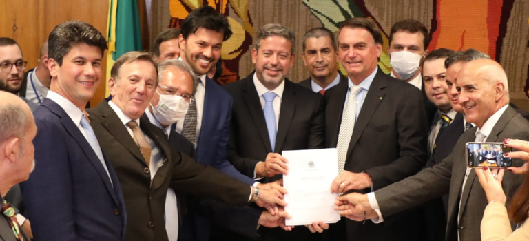 Governo Federal entrega PL da desestatização dos Correios ao Congresso Nacional