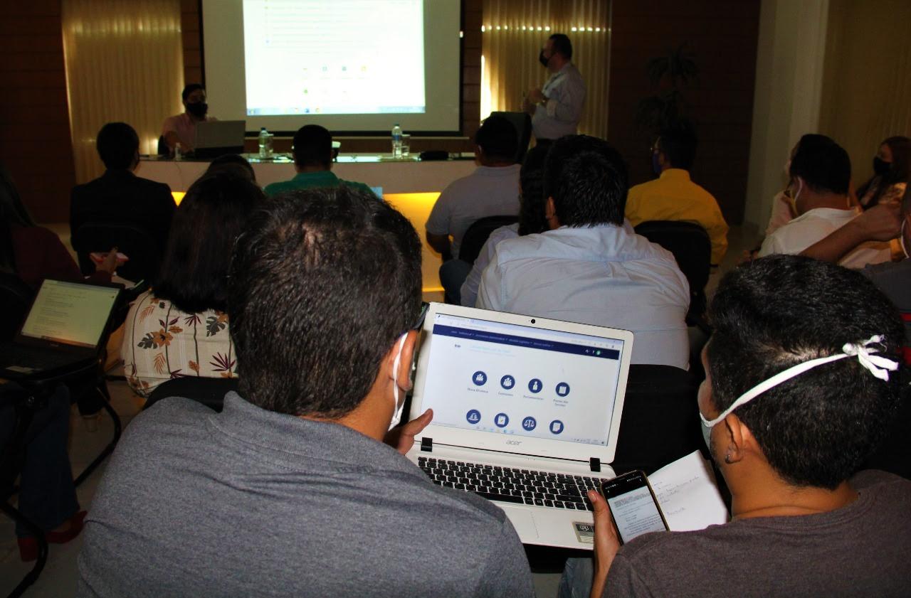 Câmara de Natal capacita servidores sobre o Sistema de Apoio ao Processo Legislativo