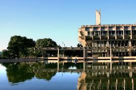 Reitor da UFRN recomenda que cursos avaliem possibilidade de suspender atividades presenciais