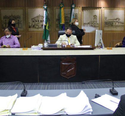 Comissão mantém proibição de cobrança para utilização de campos e quadras esportivas