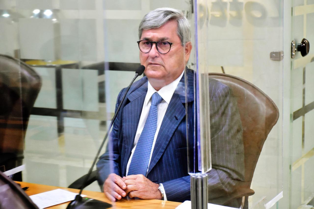 """Deputado Tomba Farias revela que pacientes vasculares vivem """"momentos de horror"""" no RN e denuncia criação de """"fila de liminares"""" pelo governo"""