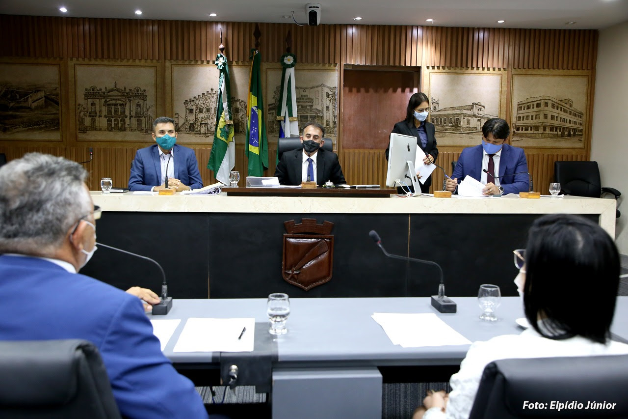 Comissão de Saúde zera pauta de projetos e aprova relatório de fiscalização