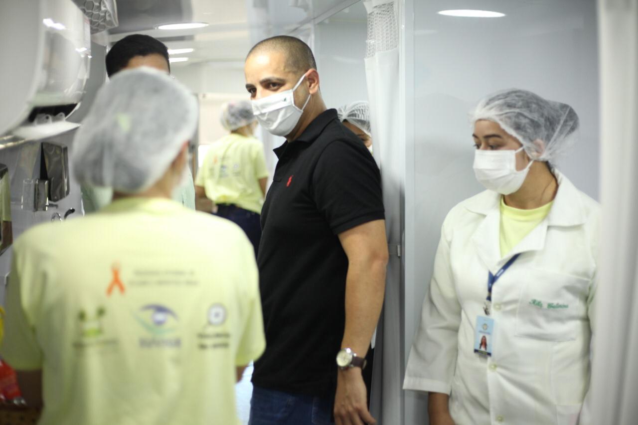 Wolney França acompanha primeiro dia de vacinação móvel em Parnamirim