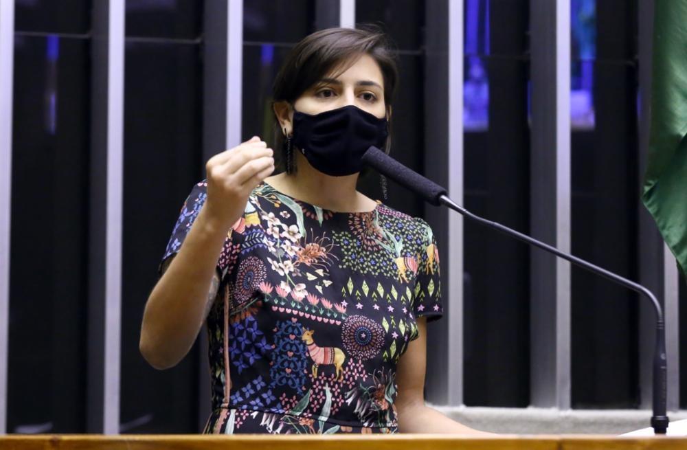 Deputada Natália Bonavides denuncia o senador Styvenson Valentim no Conselho de Ética do Senado