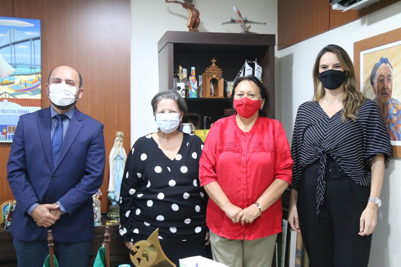 Júlia Arruda assume Secretaria Estadual das Mulheres