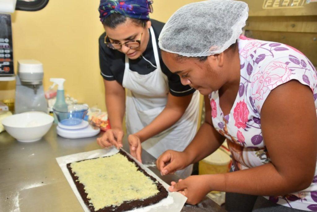 Prefeitura de São Gonçalo oferece 32 vagas para curso de fabricação de bolos e tortas