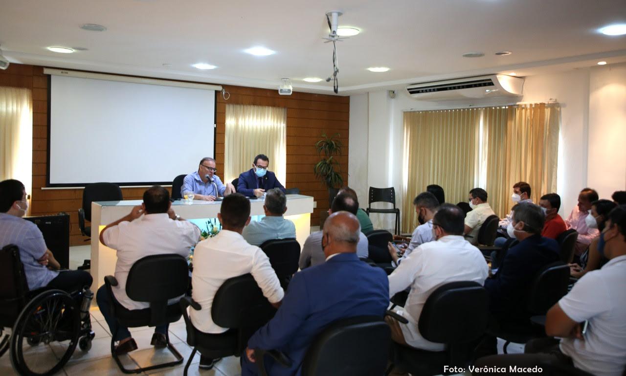 Planejamento de retorno das atividades legislativas é discutido na Câmara de Natal