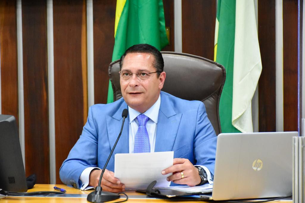 """Assembleia aprova projeto de Ezequiel que denomina como """"Rota do Gostoso"""" estrada do RN"""