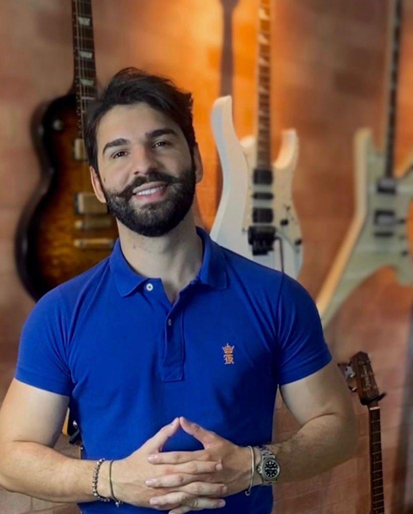 """""""Coração Cachorro"""": música de compositor potiguar ganha o primeiro lugar no Spotify Brasil e começa a viralizar pelo mundo"""